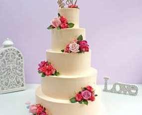 "Торт ""Белый с розами"""