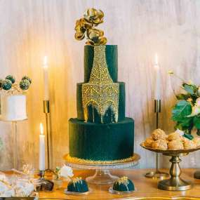 Зеленый торт изумруд