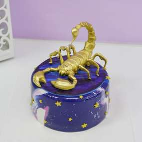 Торт со скорпионом