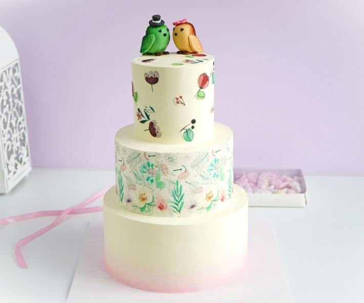 """Торт """"Свадебный с птичками"""""""