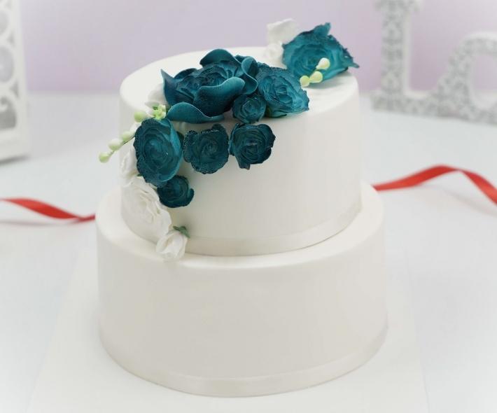 Торт «Мастичный с цветами»