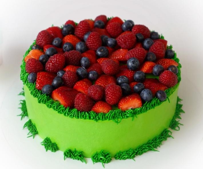 """Торт """"Ягодная поляна"""""""