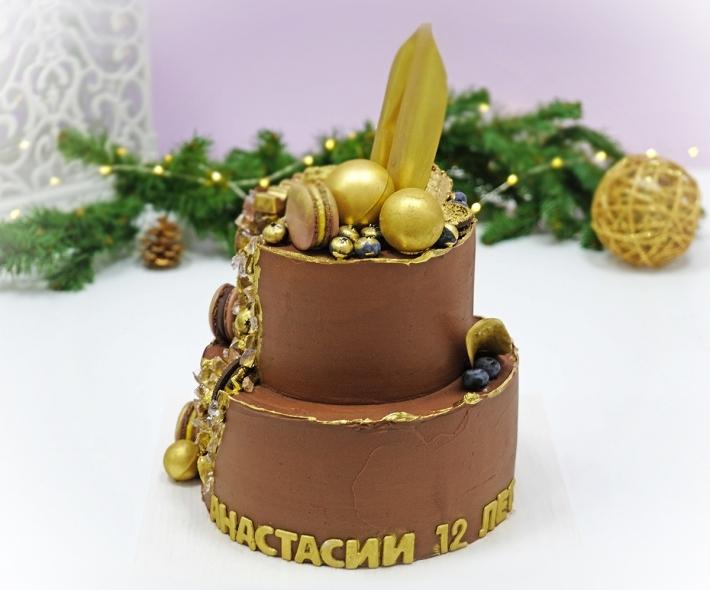 """Торт """"Шоколадный с изомальтом"""""""