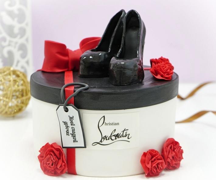 "Торт ""Коробка с туфлями"""