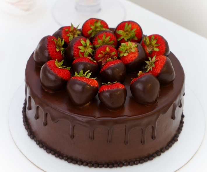 "Торт ""Клубника в шоколаде"""