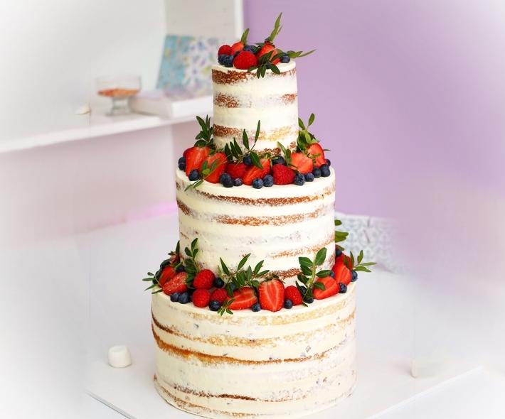 """Торт """"Открытый с ягодами"""""""