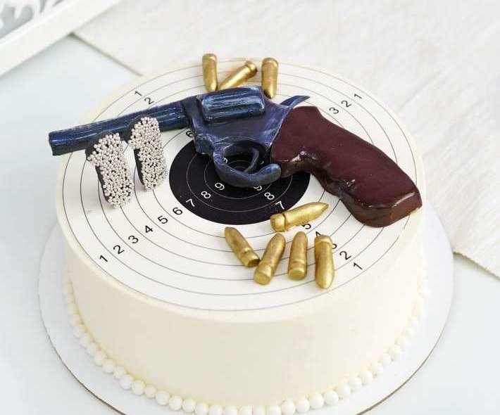"""Торт """"Револьвер"""""""