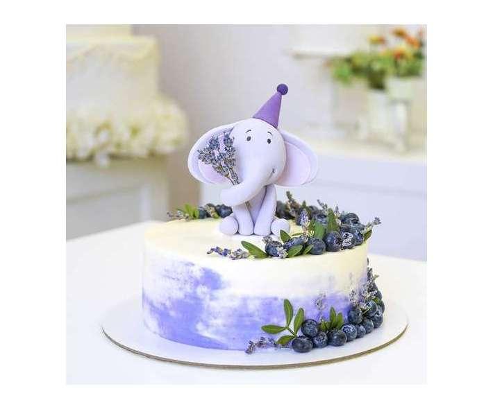Торт с милым слоненком