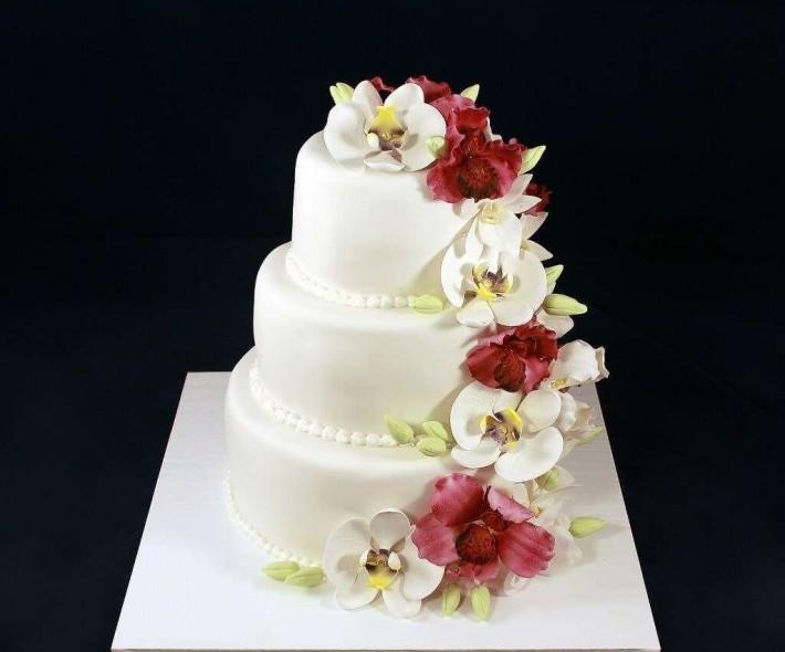 """Торт """"Орхидеи для любимой"""""""
