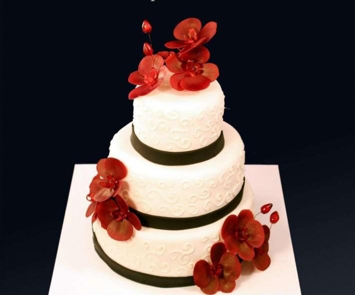 """Торт """"Белый, черный, красный"""""""