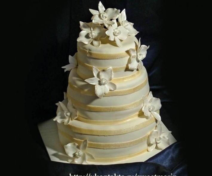 """Торт """"Орхидеи и ленты"""""""
