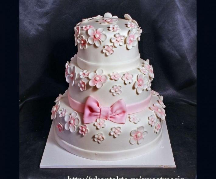 """Торт """"Бело-розовый зефир"""""""