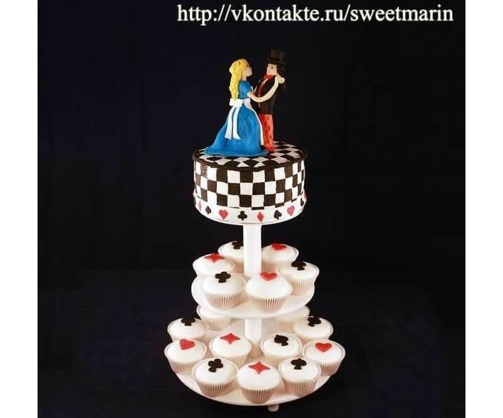 """Торт с капкейками """"Сказочный вальс"""""""