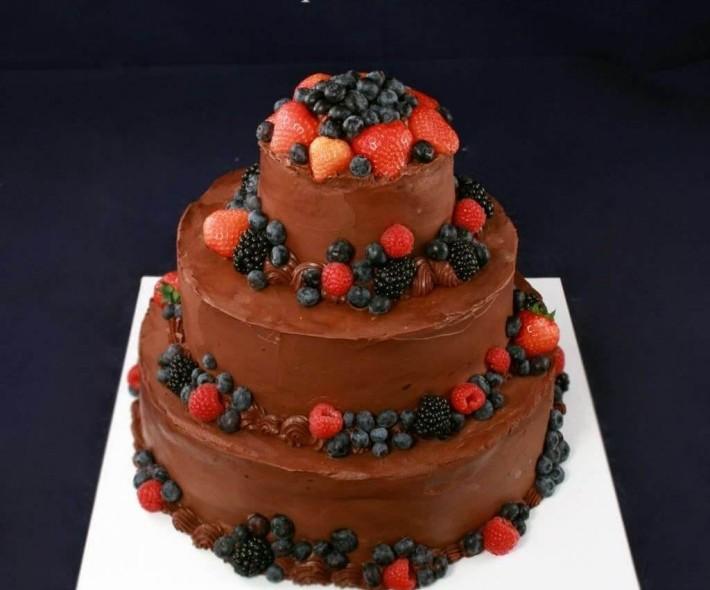 """Торт """"Фрукты в шоколаде"""""""