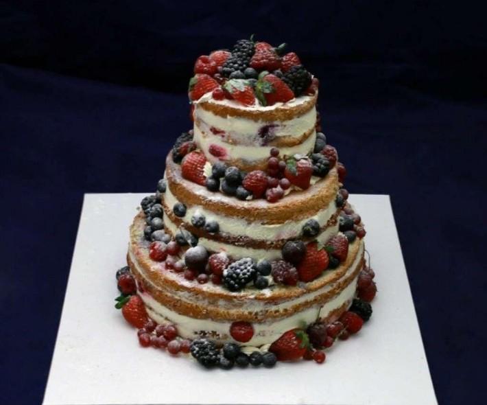 """Торт """"Ягодная башня"""""""