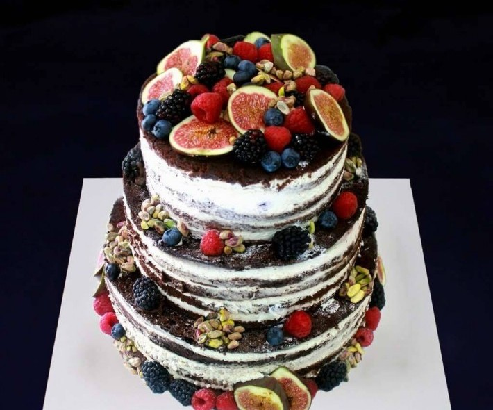 """Торт """"Фрукты и коржи"""""""