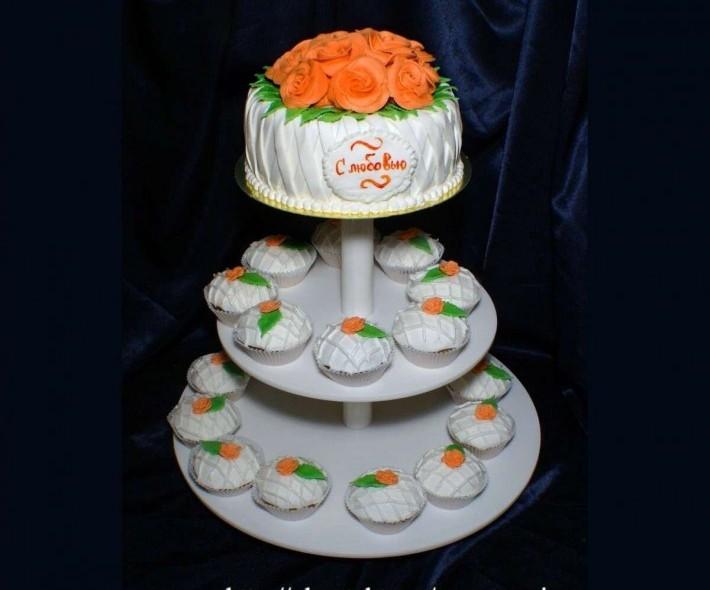 "Торт ""Корзинка персиковых роз"""