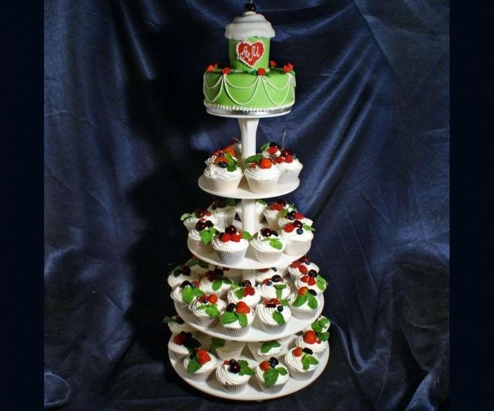 """Торт """"Конфетная свадьба"""""""