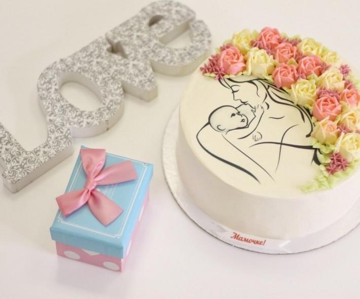 """Торт на День матери """"С кремовыми цветами"""""""