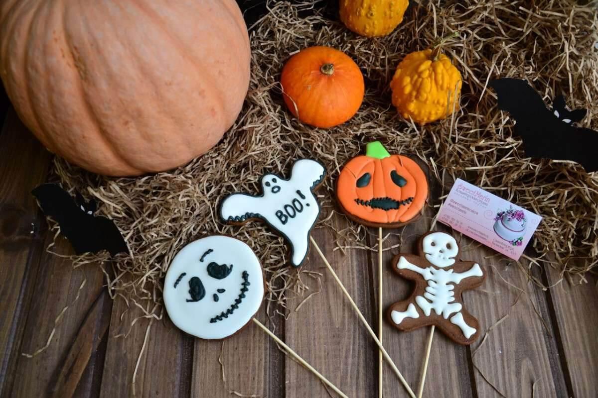 Пряники на палочке на Хэллоуин