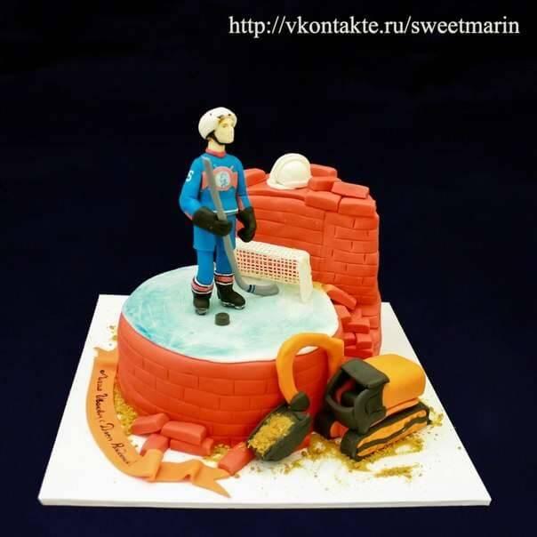 """Торт """"Хоккеист- Строитель"""""""