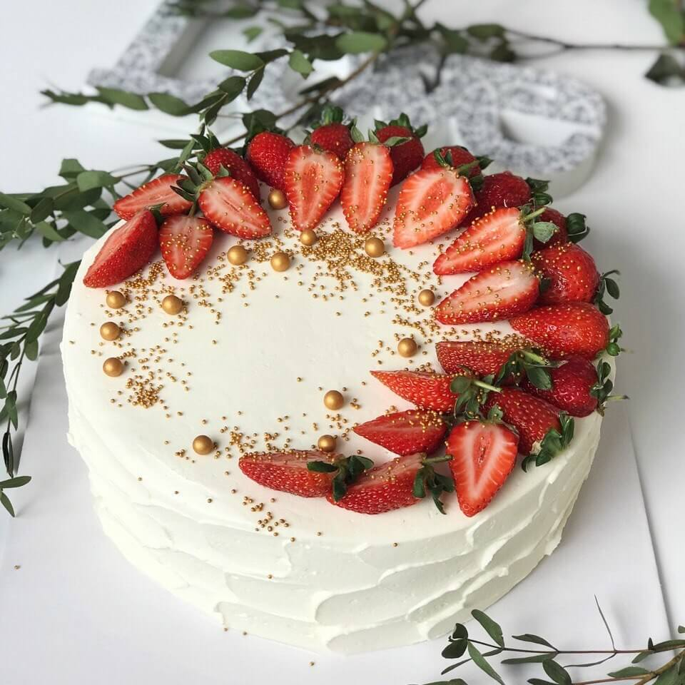 Торт с клубникой №2